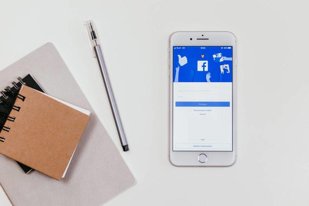 Anunciar Facebook